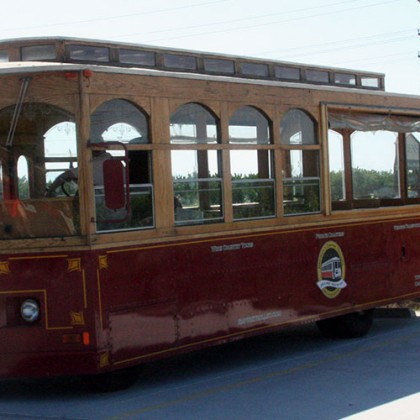 trolley-vineyard